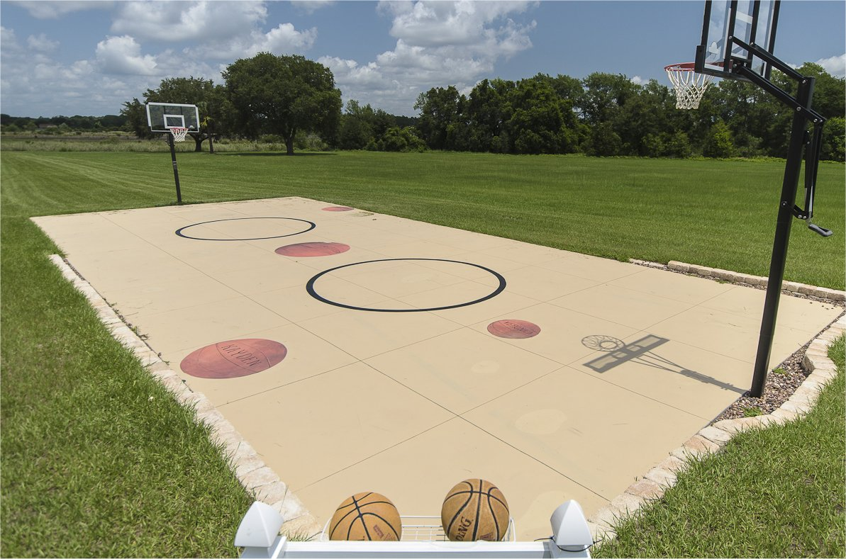 Vacation Home With Basketball Court Near Orlando