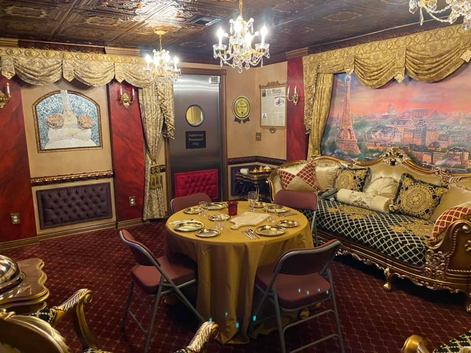 vacation home rental near disney and orlando with ratatouille inspuired gusteau's dining room