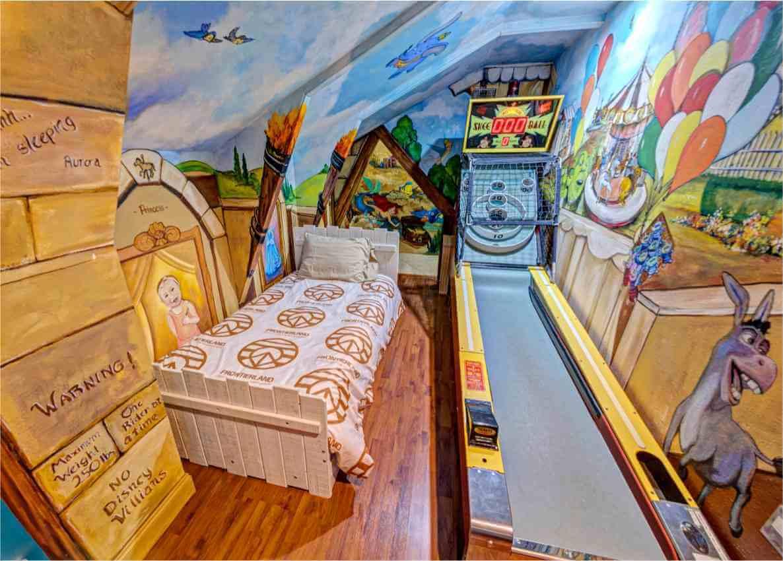 skeeball bedroom